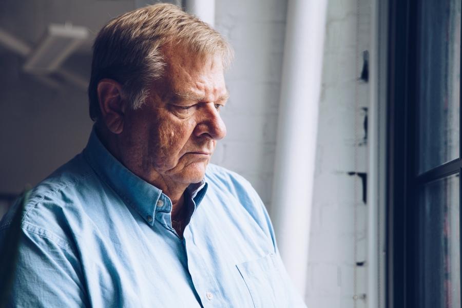 eenzaamheid bij ouderen tijdens coronavirus