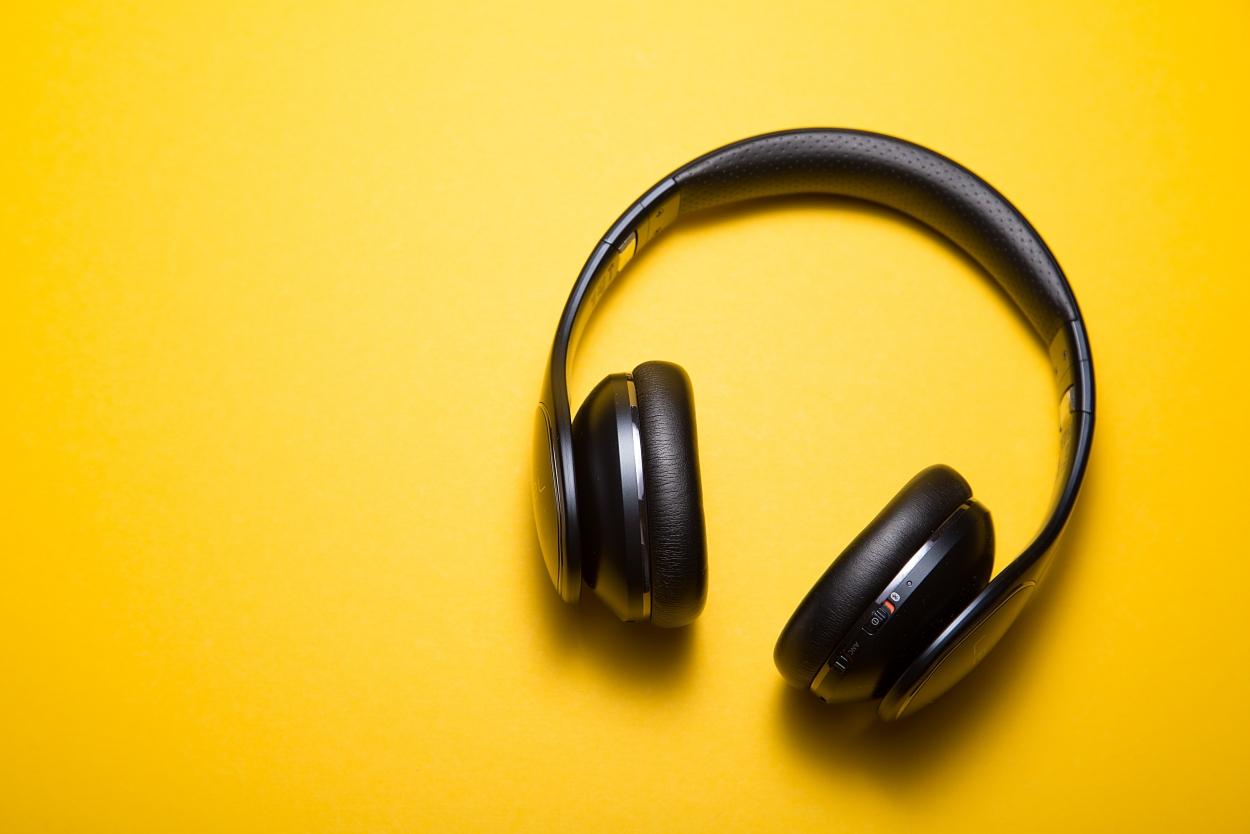 Podcast top 5 over ouderen en hun kopzorgen